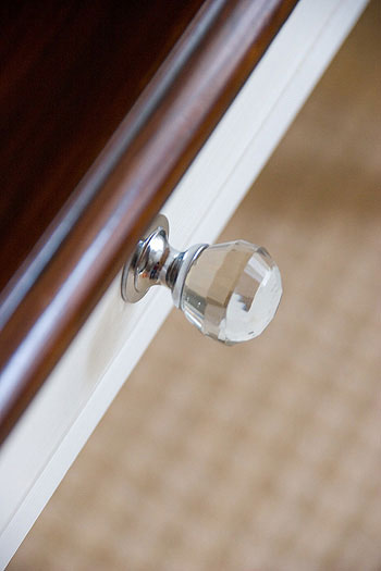 glass-knobs