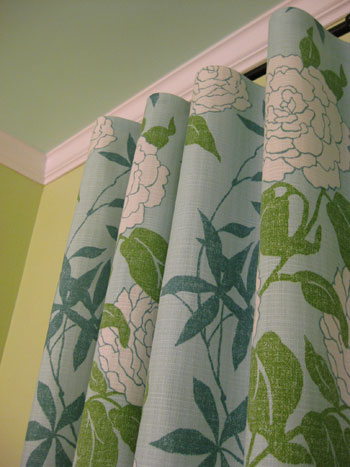 Curtains Ideas best sewing machine for making curtains : How To Make No-Sew Curtains (And Make A Window Look Way Bigger ...