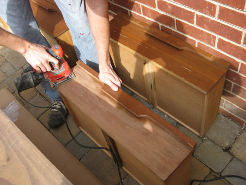 sanding wood veneer table 2