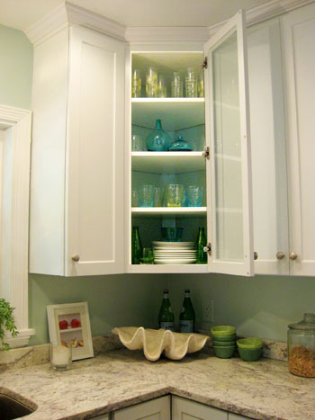 Spectacular Isn ut it nice and fresh and light for spring We love that you can much more easily see that the back of the cabinet is painted the same blue tone as