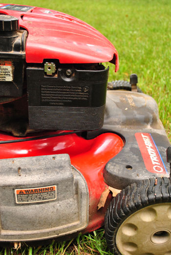 Lawn Mower Air Filter : Lawn mower fix cleaning an oil clogged air filter young
