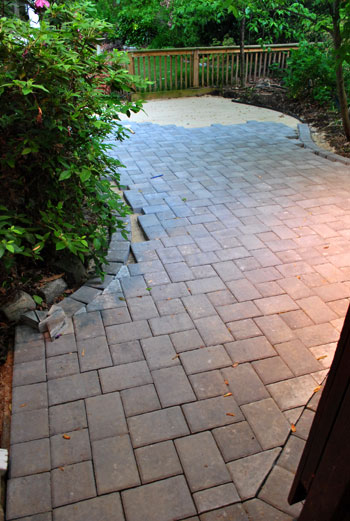 How To Lay A Paver Patio Gravel Sand And Stones Young