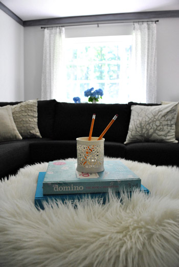 Decorating Rules How Many Textiles Should You Use In Each