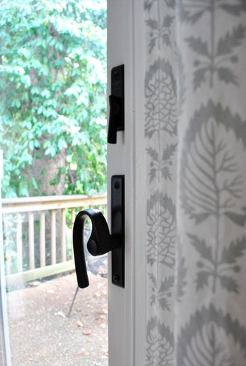 How to spray paint door hardware