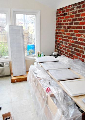paint kitchen cabinets priming