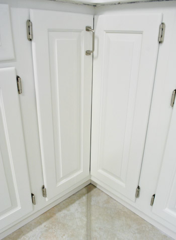 paint kitchen cabinets corner cabinet