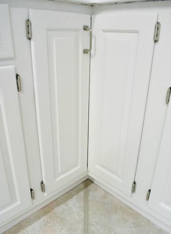 paint kitchen cabinets corner cabinet