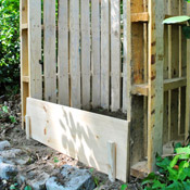 Making A Pallet Compost Bin