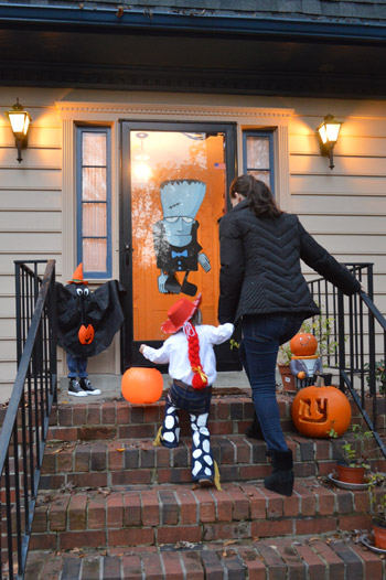 Decorating Ideas > Finally, Some Real Trick Or Treating ~ 160801_Halloween Door Tricks