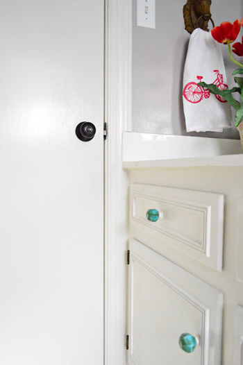 painting cupboard handles how to upgrade your old brass door knobs with spray paint young