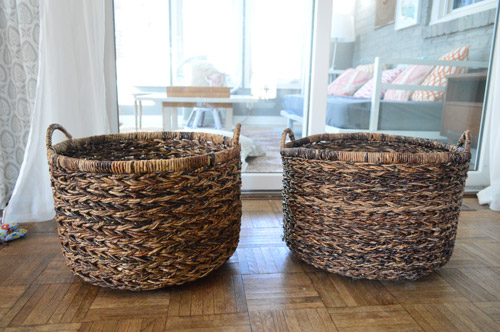 Theyu0027re the same $25 baskets weu0027ve had from Target all over the house (youu0027ve seen them here and randomly in the background on Instagram)u2026 & Finishing Touches In The Playroom | Young House Love