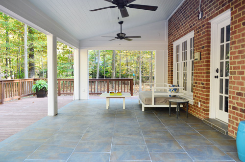 Tiling Cleaning And Grouting An Outdoor Area