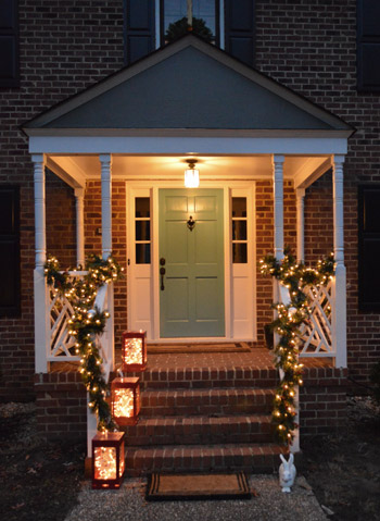 how to hang garland around front doorOutdoor Holiday Decorating  The Easy Way To Hang Window Wreaths