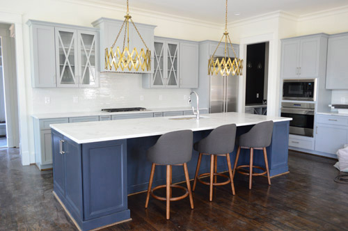 I like to furnish furnish young house love for Navy blue and white kitchen cabinets