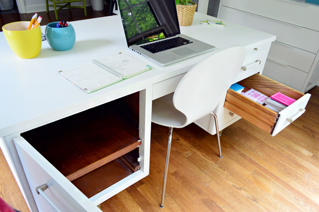 There S Also A Cabinet On The Left Side Of Desk That Empty More Remaining Room Happy Tingly Feelings Inside