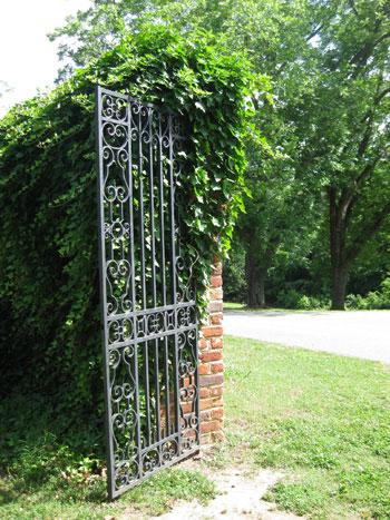 iron-gate-stonypoint