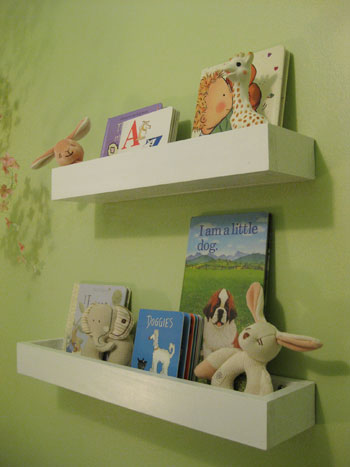 Awesome How To Make Wall Shelves For Books In The Nursery Young Interior Design Ideas Oxytryabchikinfo