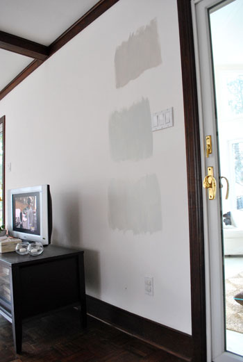 picking the perfect gray paint color by painting three test swatches onto the wall, Collingswood Grey Owl and Moonshine