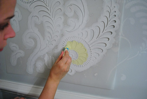 Ten Step By Step Wall Stenciling Tips (You Can Do It