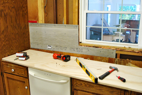 How To Hang Cement Backer Board For A Wall Full Of Tile ...