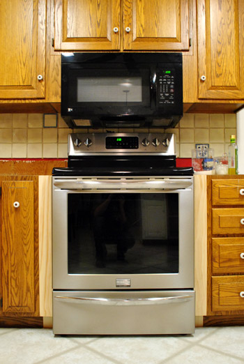 Filling Gaps Around The Stove With Trim Other Little Things
