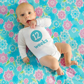 Taking Weekly Baby Photos