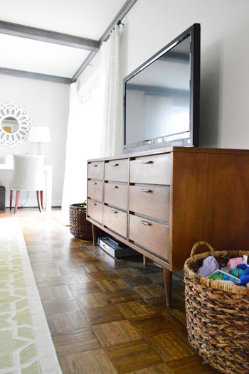 How To Clean And Re Old Wood Furniture