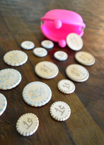 kids play money coins