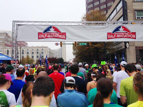 start line of richmond half marathon